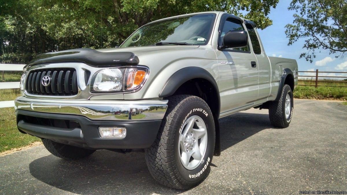 Low Price$$$04 Toyota Tacoma 4WD
