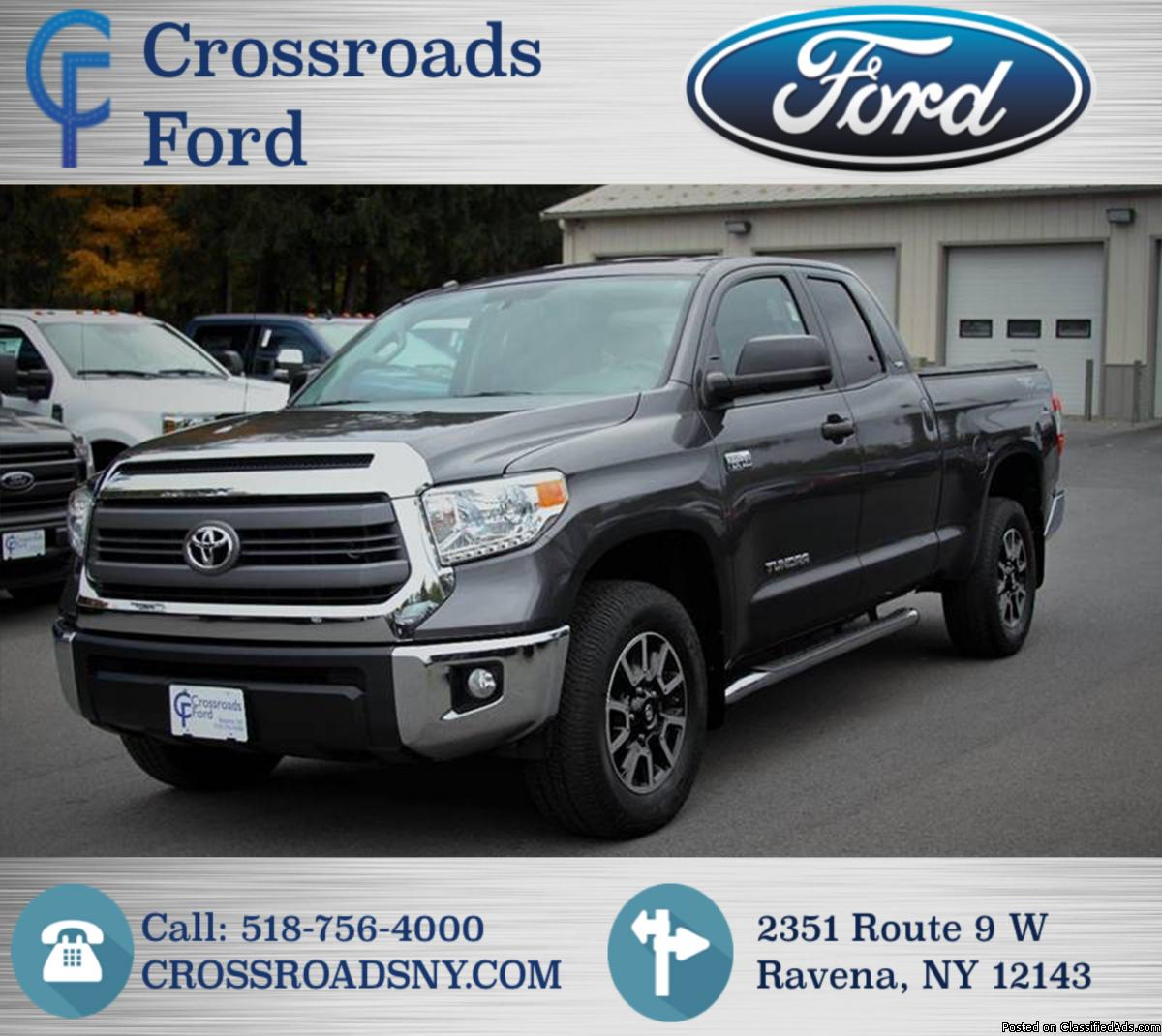 TOYOTA TUNDRA SR5 TRD OFF ROAD PACKAGE! 4X4! 5.7L V8 !