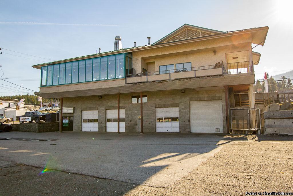 sq ft four-bay auto repair shop/garage & home