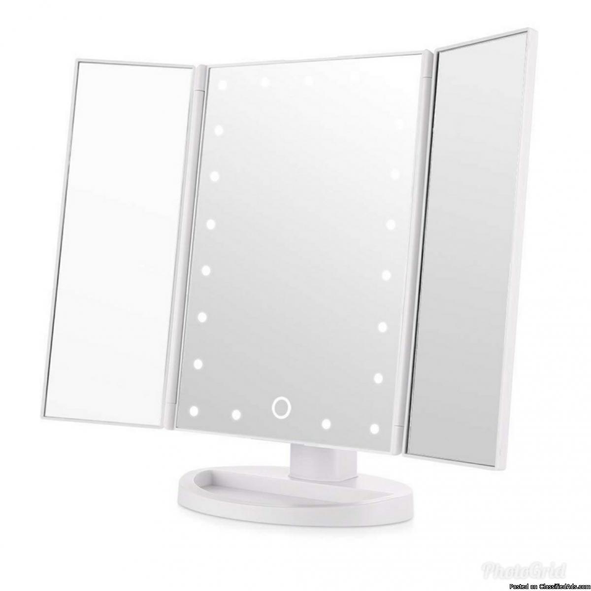 Makeup LED mirror