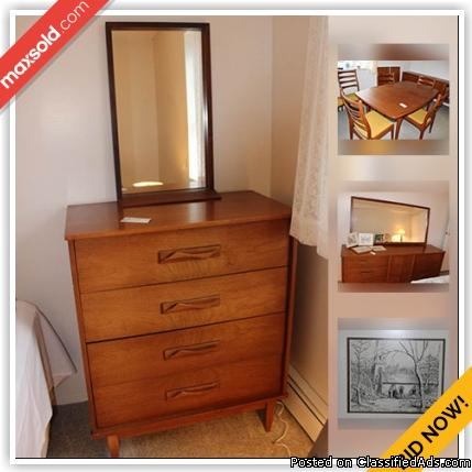 Kingston Downsizing Online Auction