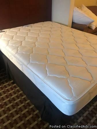 Holiday Inn Hotel White dove Mattresses