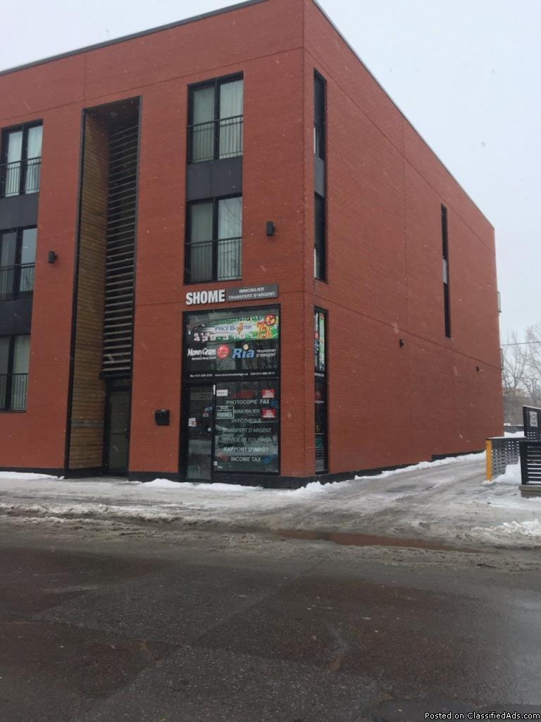 Commercial space next to the Charlevoix metro station