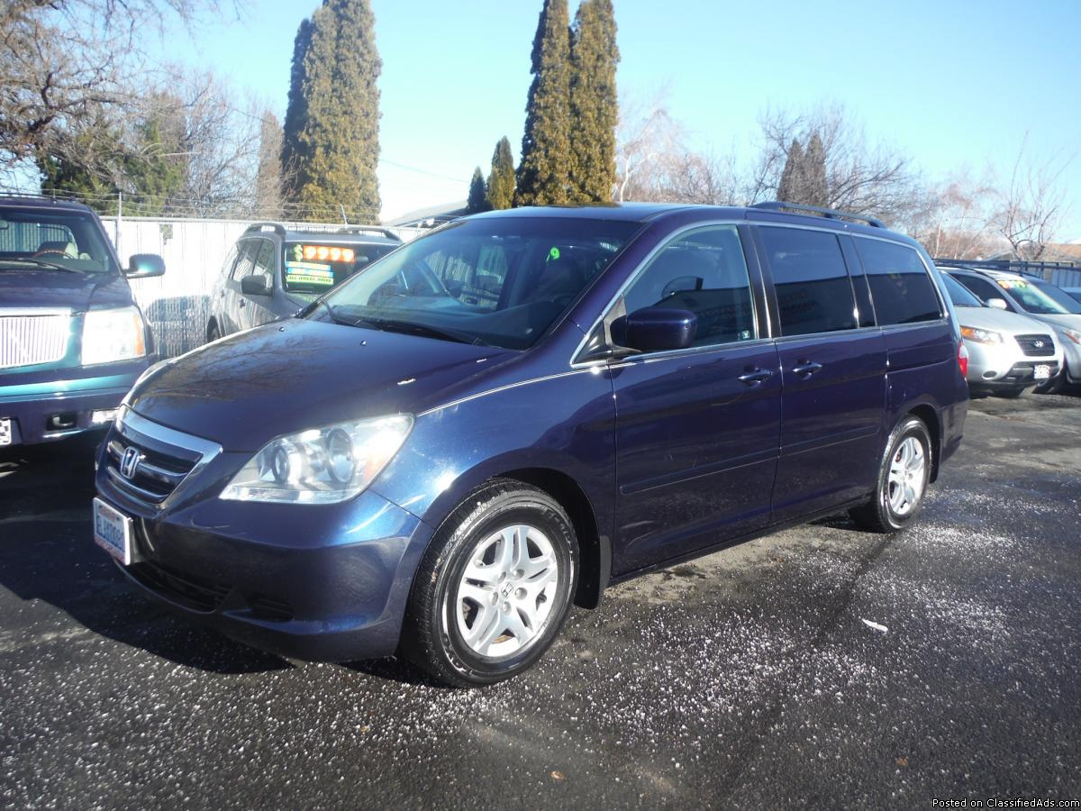 Honda Odyssey EX-L Great for the family!!