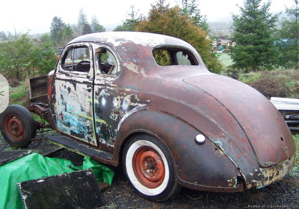 Plymouth Projects (1) Coupe, (1) 2 Door Sedan