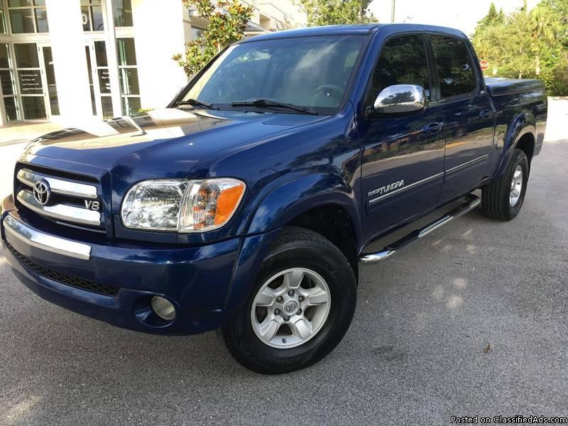 Toyota Tundra Blue Pickup Truck