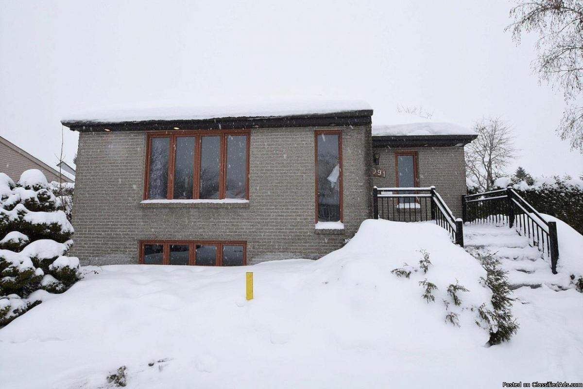 Intergeneration house perfect for a daycare SMALL PRICE!