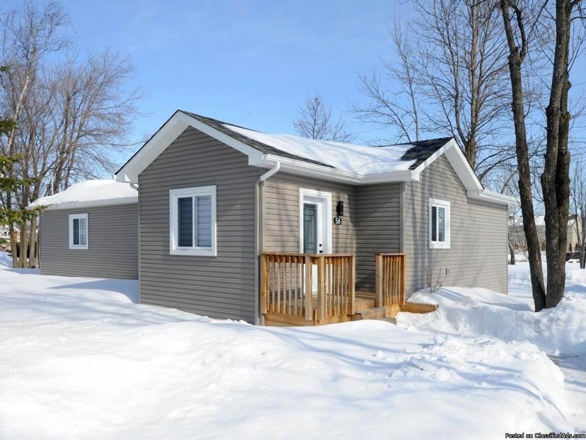 Maison modulaire avec grand terrain à vendre Les Cèdres
