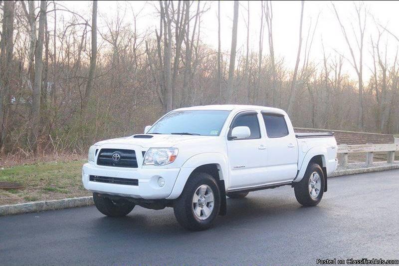 Toyota Tacoma White Pickup Truck