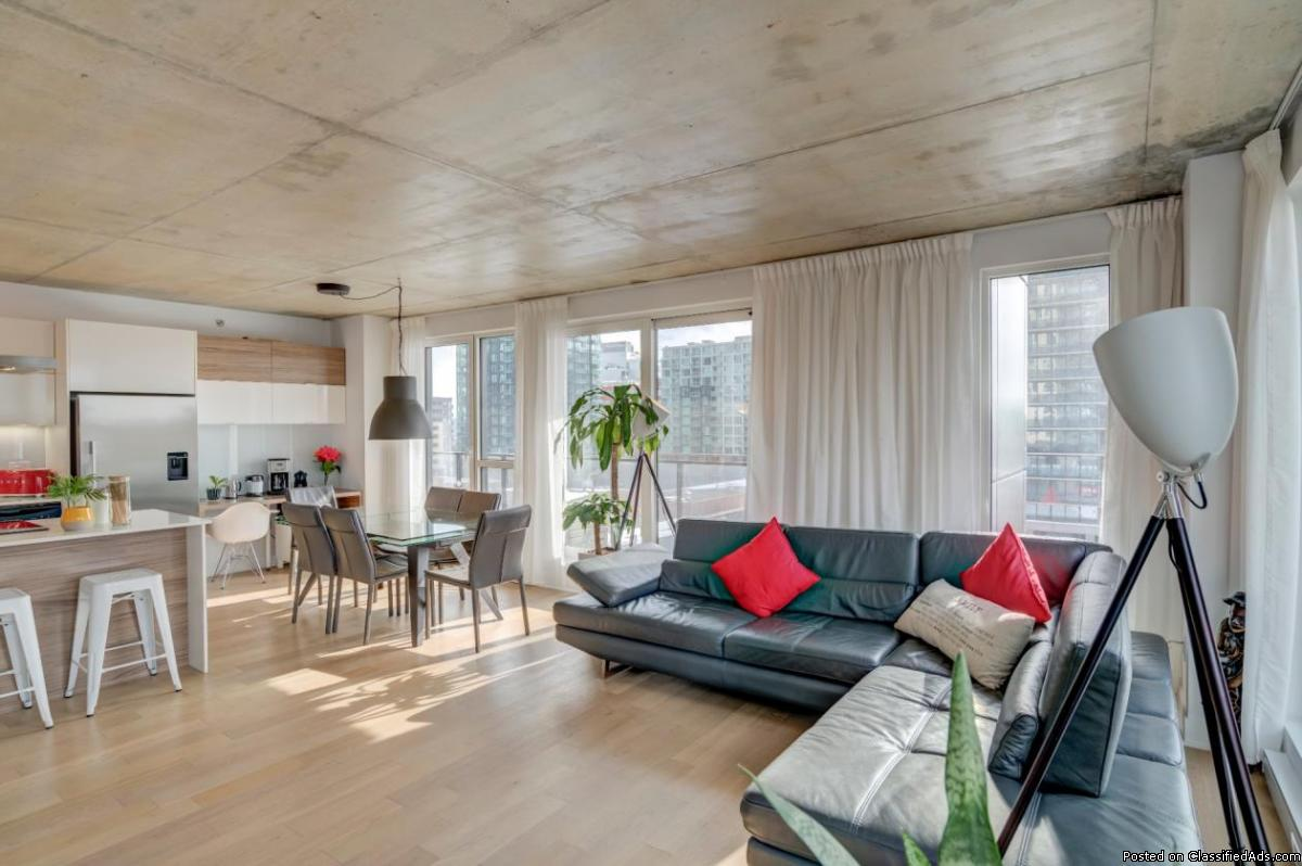 Upscale condo on Peel Street Griffintown LUXURY AND CONFORT