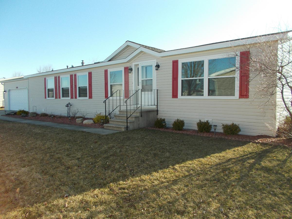 3 Bedroom with 2 Stall Garage in Caledonia, MI #
