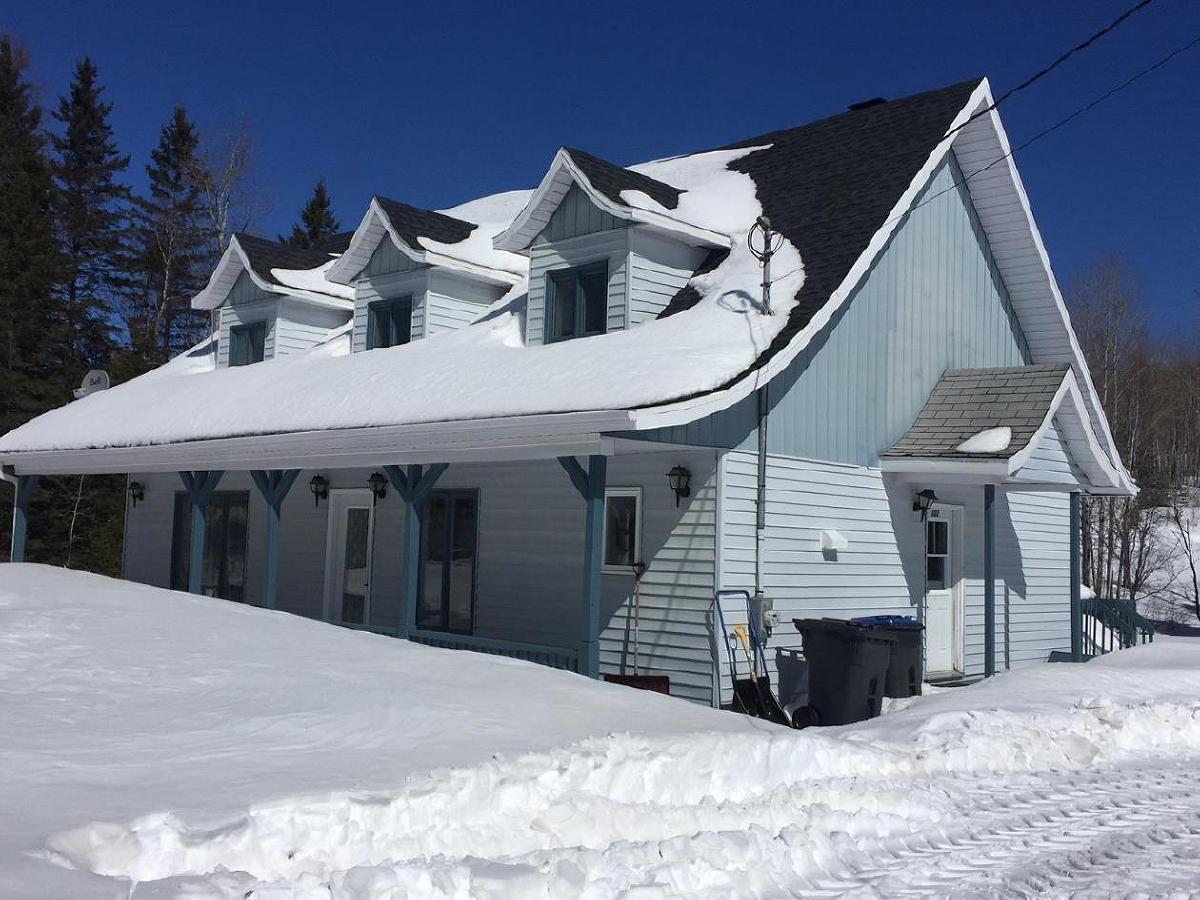 Superbe maison canadienne SEULEMENT $ Bas-St-Laurent