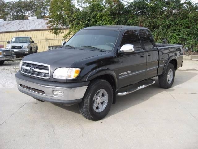 Toyota Tundra Black Pickup Truck