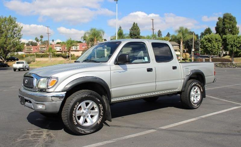 Like New  Toyota Tacoma Silver Pickup