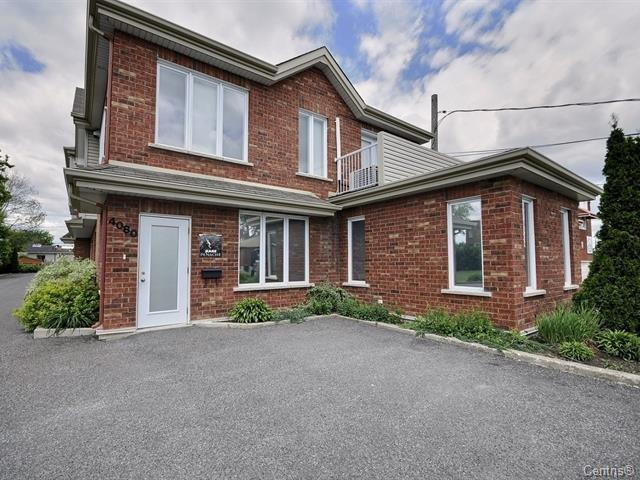 Commercial condo Turnkey  sqft Furnished St-Hubert