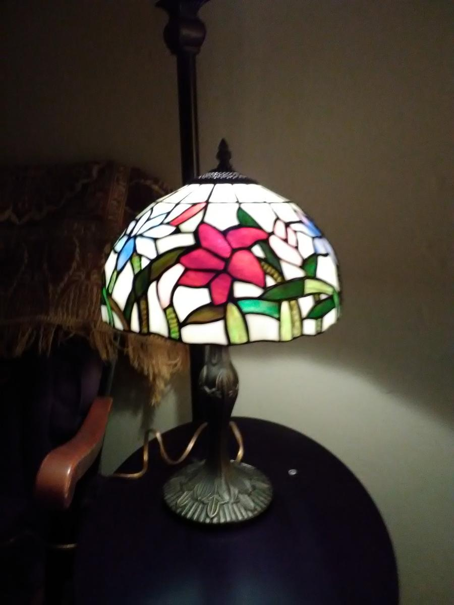 Tiffany style table lamp, estate sale