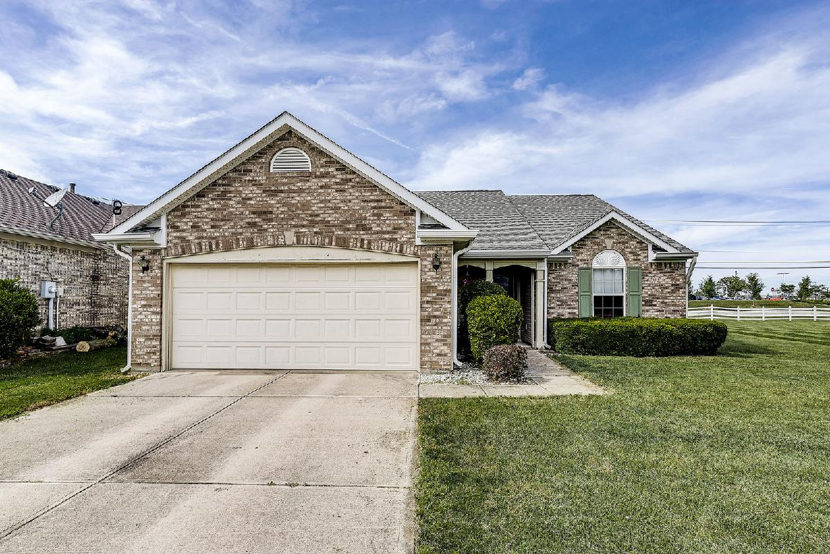 3 BR/2 Bath Brick Front Ranch in Franklin FOR SALE!