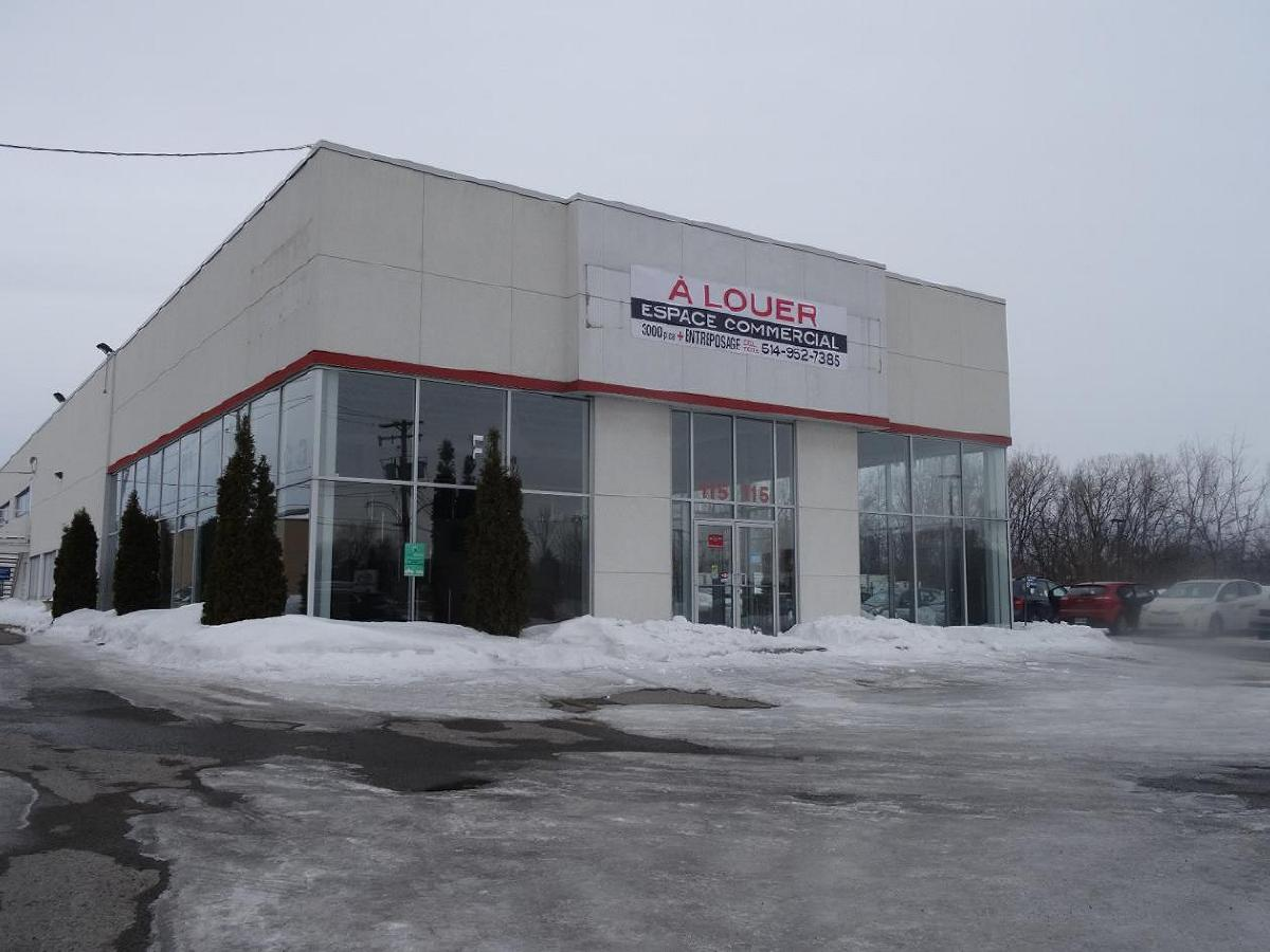 Magnificent commercial space in Sainte-Therese