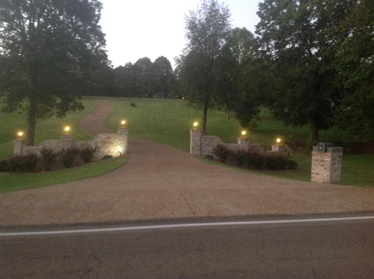 HOUSE ON 25 ACRES IN WESTERN KENTUCKY