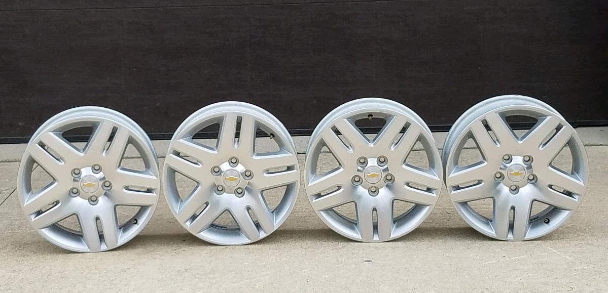 "4 GM OEM 17""x 6.5"" Aluminum Wheels"