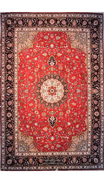 Exquisite Tabriz Wool Persian Rug for Sale