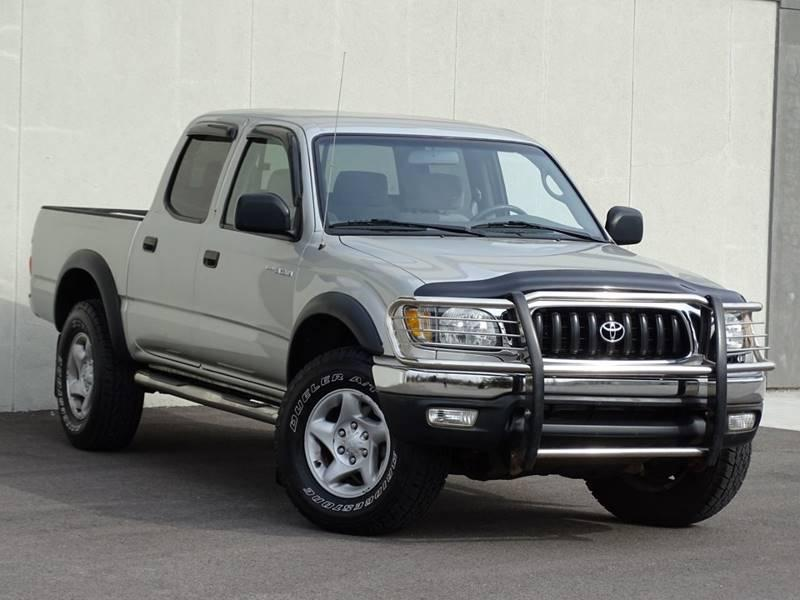 Toyota Tacoma Silver Truck  miles