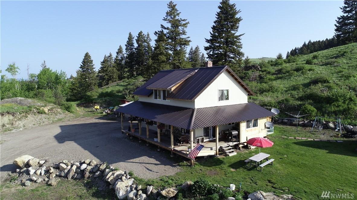 Beautiful Custom Home on 37+ Acres