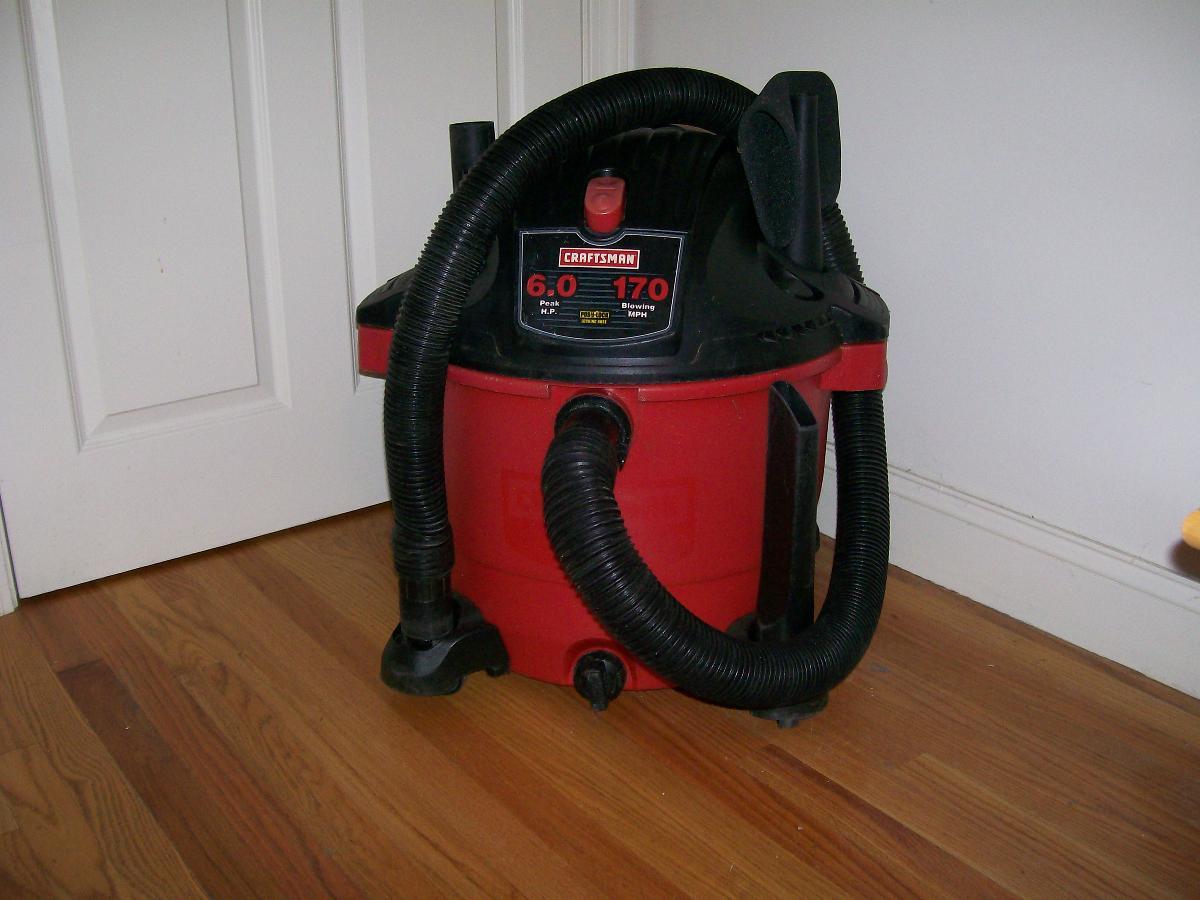 Craftsman 30 Gallon Wet/Dry Vaccum 170 MPH 6.0 Horsepower