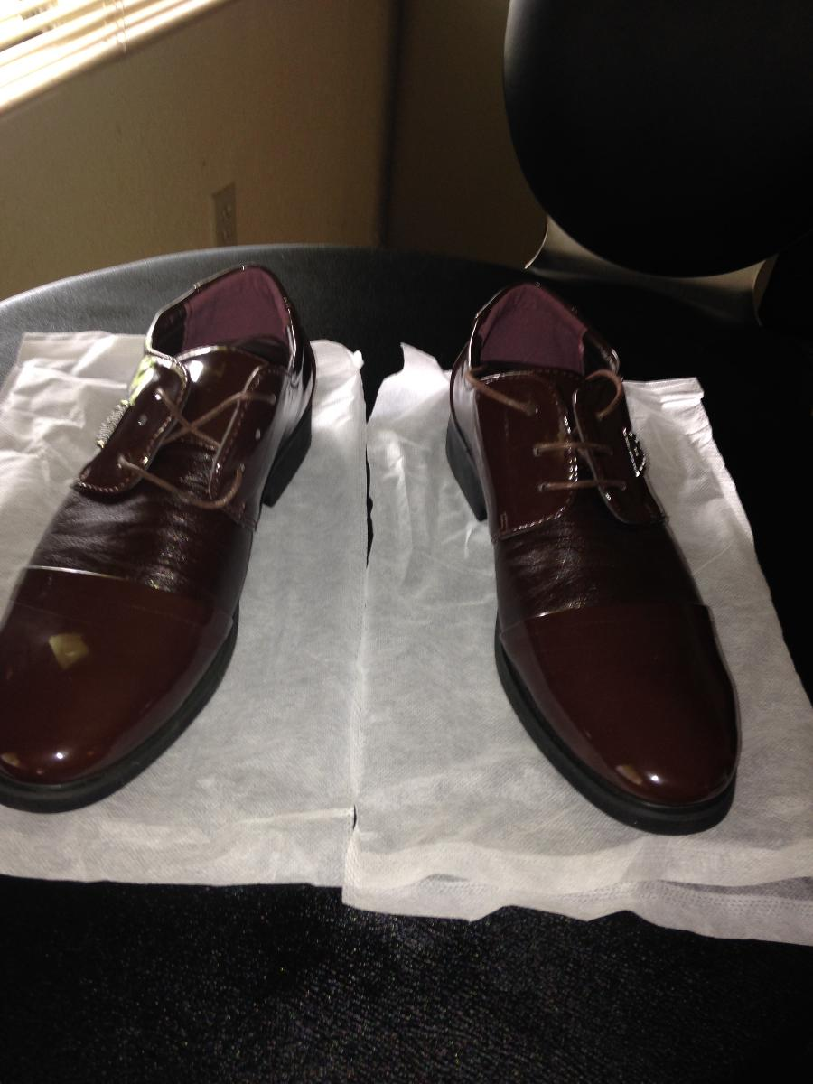 BRAND NEW SHOES SIZE 7