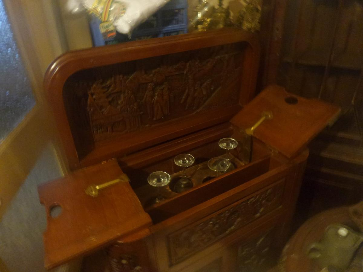 Antique Chinese Carved Wood Furniture