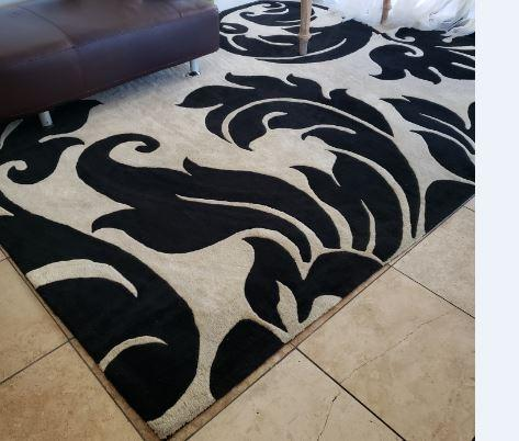 BLACK AND WHITE CONTEMPORARY WOOL RUG