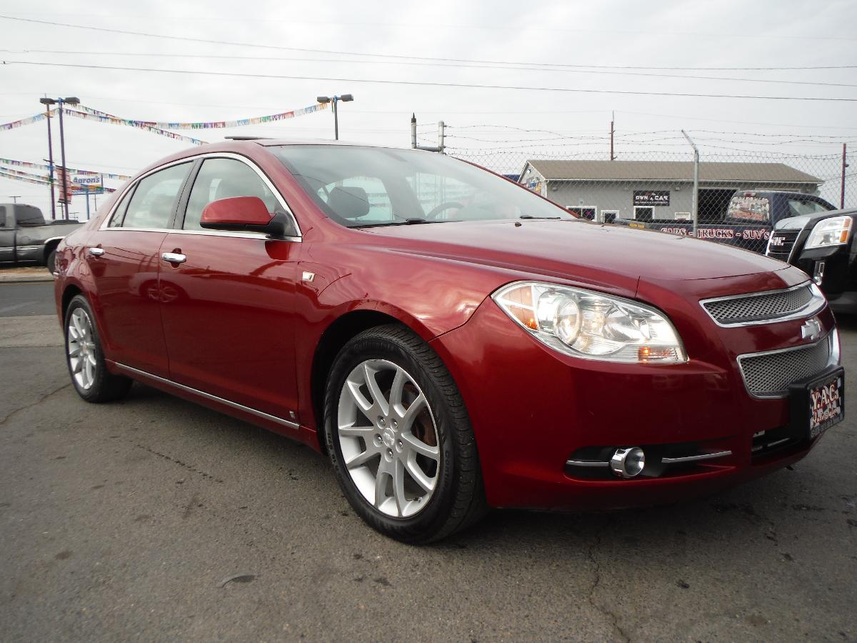 CHEVROLET MALIBU LTZ! LOW MILES! LEATHER HEATED SEATS!