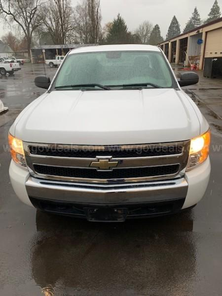 Chevrolet Silverado  Work Truck Ext. Cab Short Box