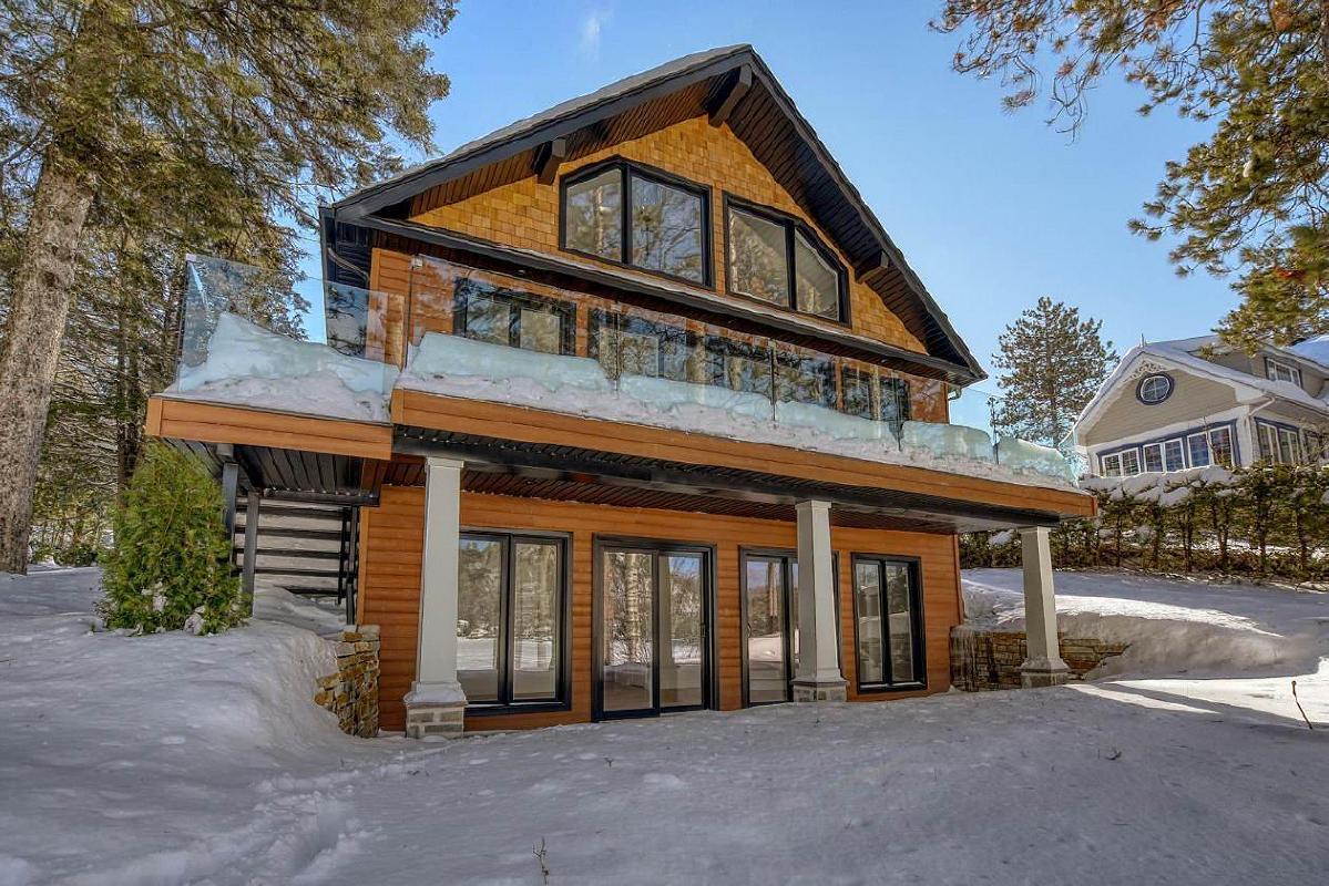 Magnifique maison rénovée haut de gamme au bord du Lac