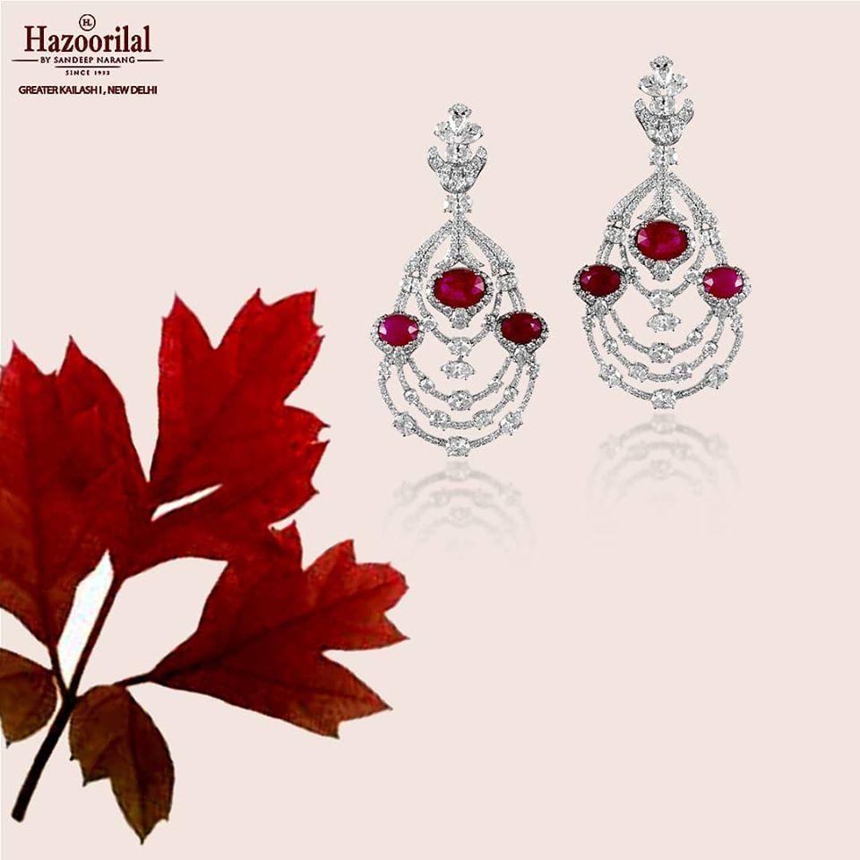 Are you looking for the best jewellery showroom in Delhi
