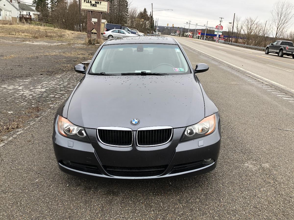 BMW 325XI AWD SEDAN- VERY SWEET CAR
