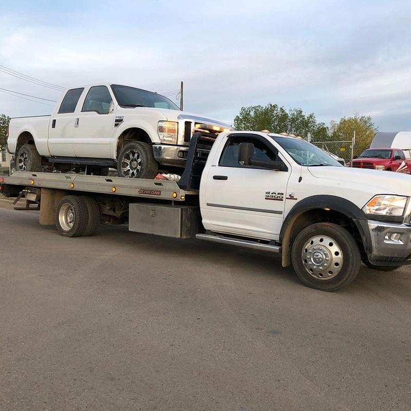 Free Car Towing In Edmonton | Sellmydamagedcar.ca