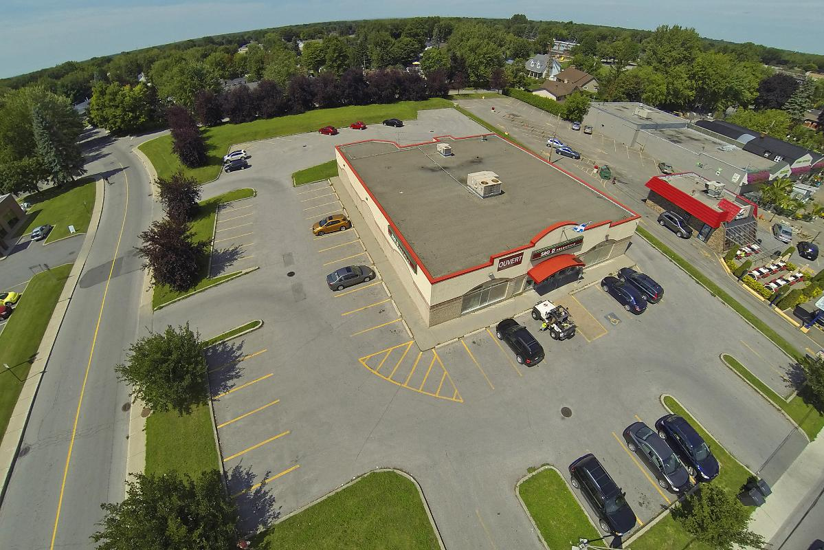 Building for rent corner Notre-Dame/Cherrier Repentigny