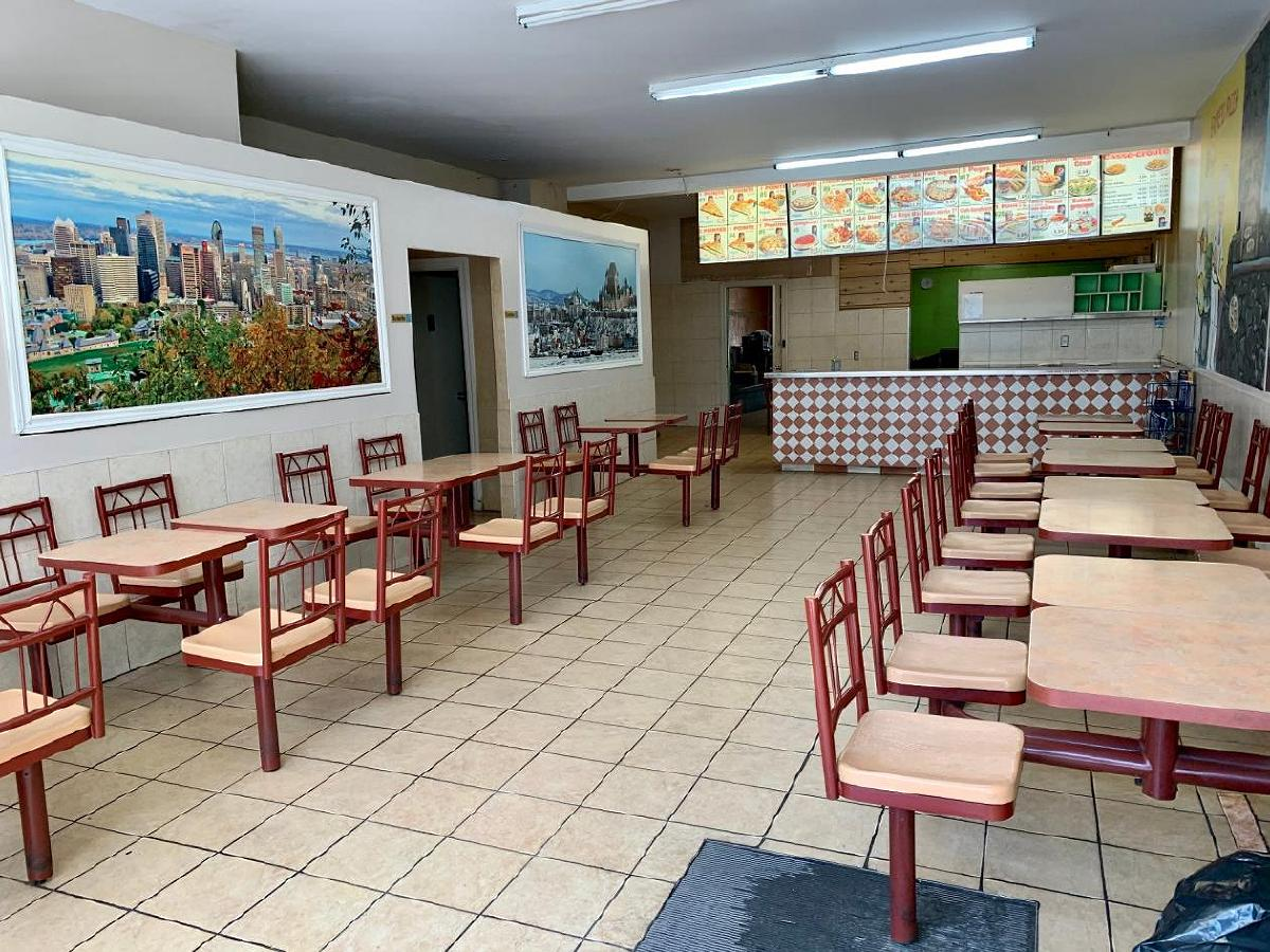 Space for rent for pizzeria or fast food restaurant