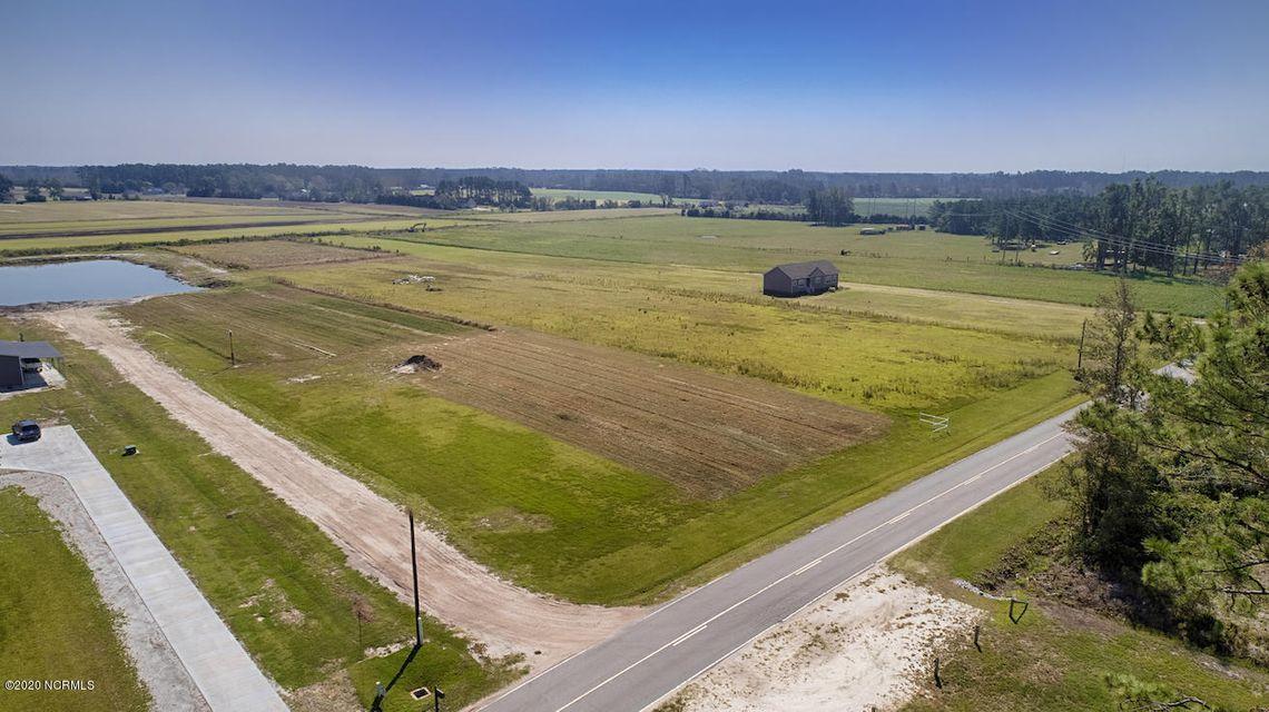 (4.85) Land for Sale in Newport |  Newport Loop Road