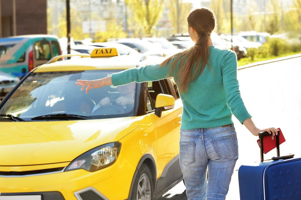 Taxi Service to or from Boston to Pittsfield MA with Infant