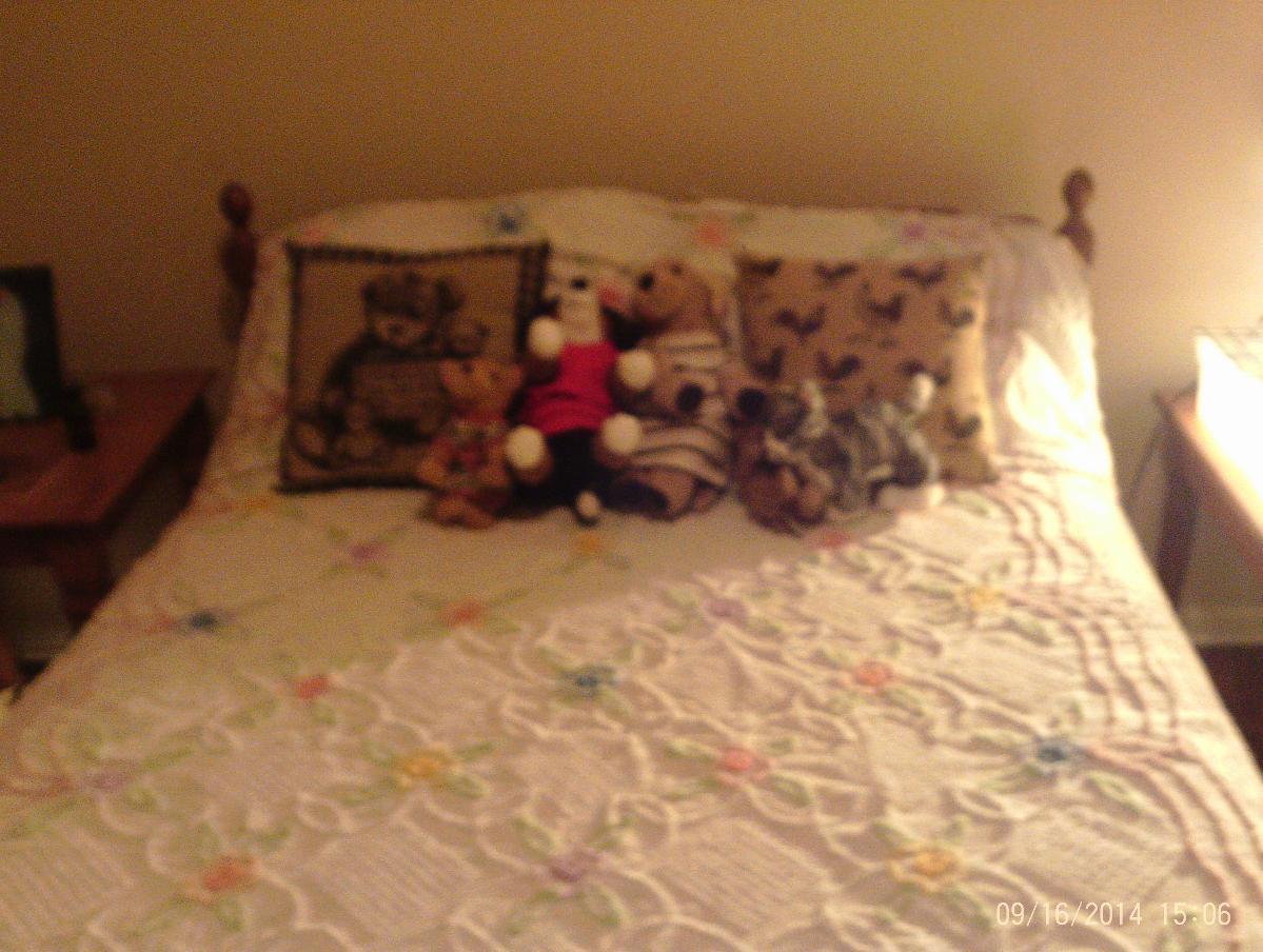 VINTAGE FULL SIZE BEDROOM SET